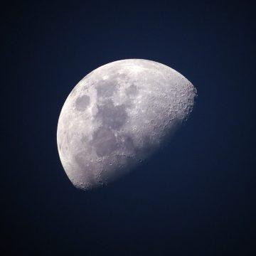 Los significados del pasaje de cada luna en Leo